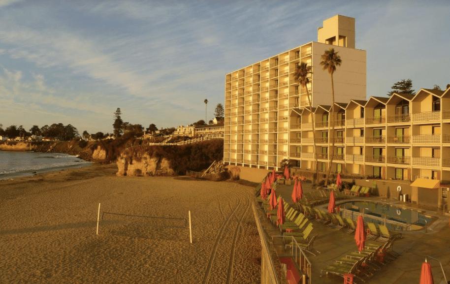 Fachada del edificio Hotel en California